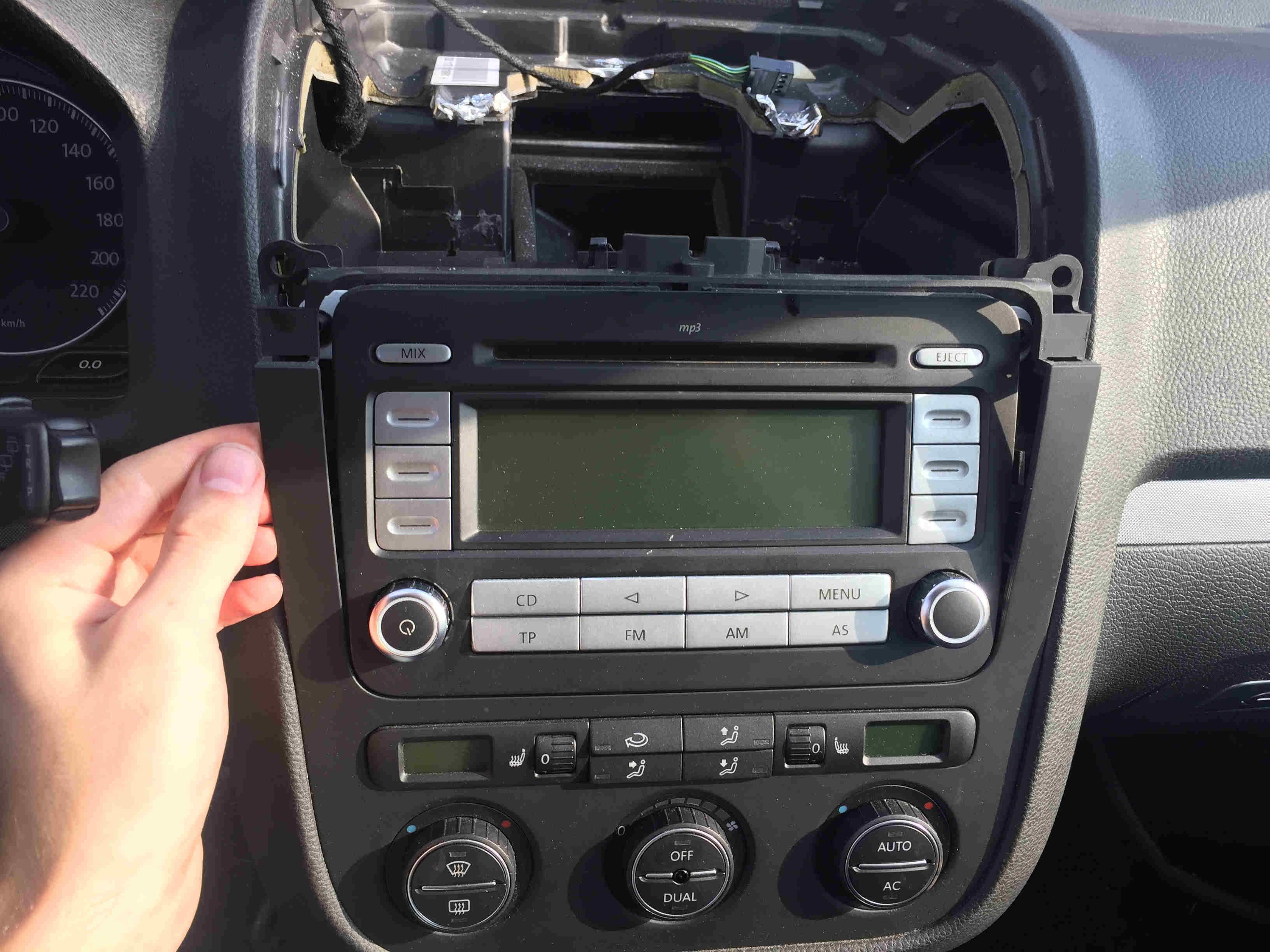 Golf 5 Radio Ausbauen   Ben U00f6tigtes Werkzeug   Erfahrung