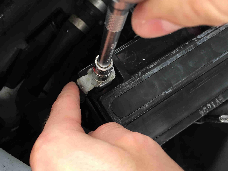 stuetzbatterie-mercedes_23